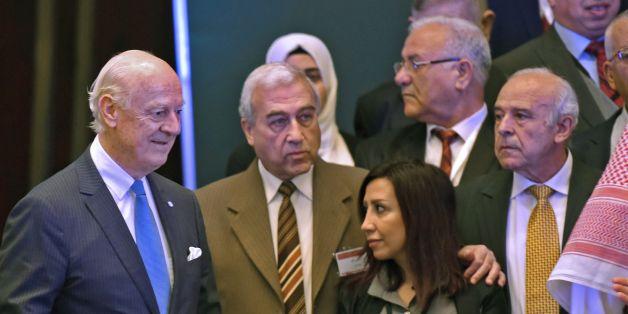 UN special envoy for Syria crisis Staffan de Mistura attends the Syrian opposition meeting in Riyadh, on November 22, 2017. / AFP PHOTO / FAYEZ NURELDINE        (Photo credit should read FAYEZ NURELDINE/AFP/Getty Images)