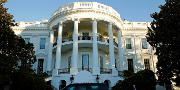 Tausende Amerikaner überzeugt: In diesem Flur im Weißen Haus wartet das Grauen