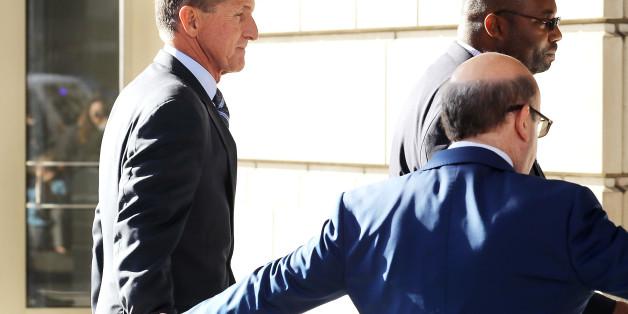 EIL: Ex-Berater Flynn will erklären, Trump habe ihn zur Kontaktaufnahme mit Russland aufgefordert
