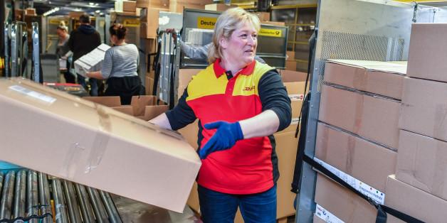Innenminister erklärt: Hinter Paketbombe in Potsdam steckt Millionenerpressung gegen DHL