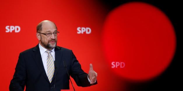 SPD-Vorstand will GroKo-Gespräche aufnehmen