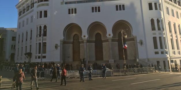La Grande Poste, le 6 decembre 2017, avant la visite du president francais Emmanuel Macron.