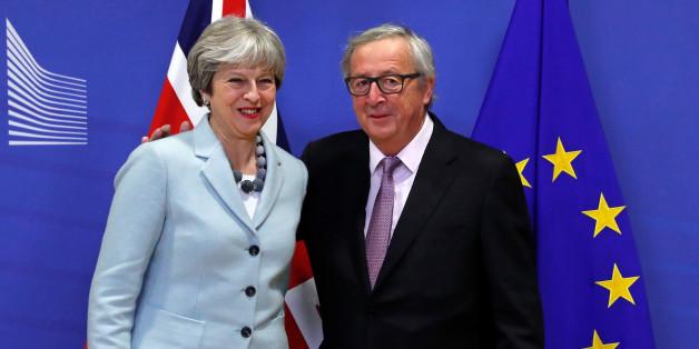 """""""Eine große Luftnummer"""": London und Brüssel loben den Brexit-Durchbruch - die Presse lacht darüber"""