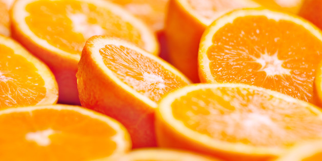Oranges portions background. Shallow depth of field.Related pictures:
