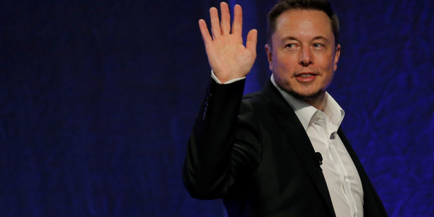 Tesla Motors CEO Elon Musk waves as he leaves the stage after speaking at the National Governors Association Summer Meeting in Providence, Rhode Island, U.S., July 15, 2017. REUTERS/Brian Snyder