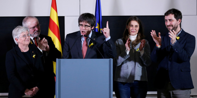 Carles Puigdemont, the dismissed President of Catalonia, arrives to speak after watching the results of Catalonia's regional election in Brussels, Belgium, December 21, 2017. REUTERS/Francois Lenoir