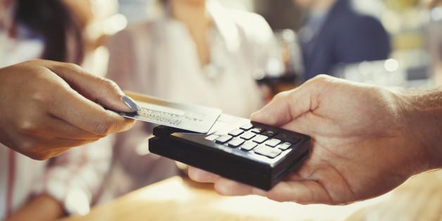Le Maroc veut développer le paiement par carte sans contact