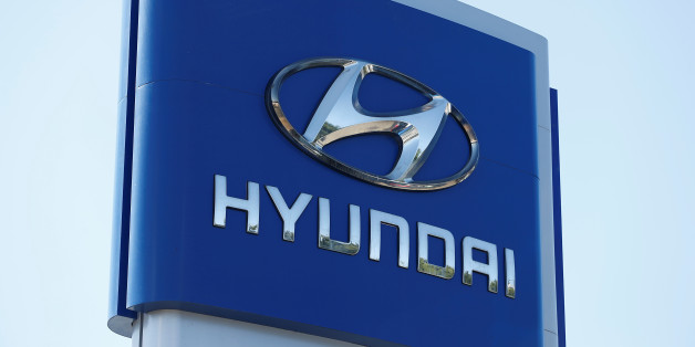 A Hyundai logo is seen at Hyundai of Serramonte in Colma, California, U.S., October 3, 2017. REUTERS/Stephen Lam