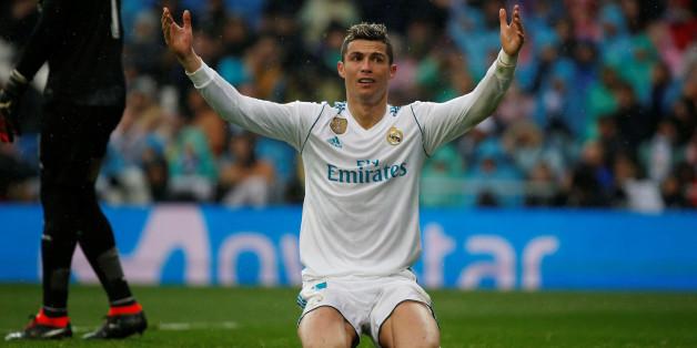 Soccer Football - La Liga Santander - Real Madrid vs Villarreal - Santiago Bernabeu, Madrid, Spain - January 13, 2018  Real Madrid's Cristiano Ronaldo reacts  REUTERS/Javier Barbancho