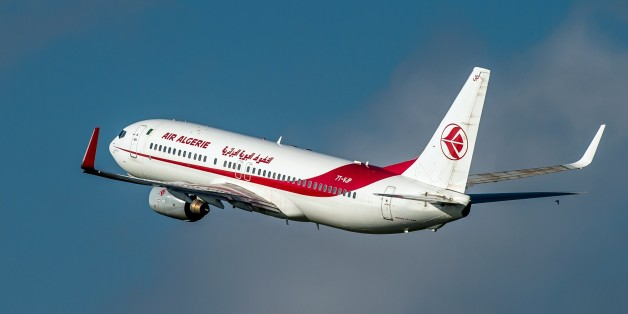 An 737 800 Boeing plane of the Air Algerie company takes off, on October 11, 2014 at the Lille-Lesquin airport, northern France.       AFP PHOTO / PHILIPPE HUGUEN        (Photo credit should read PHILIPPE HUGUEN/AFP/Getty Images)