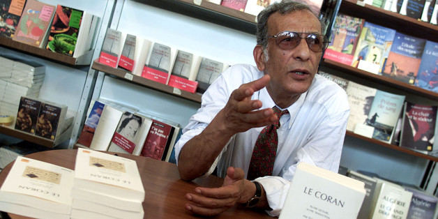 Youssef Seddik  the anthropologist author of the Coran translated into French with commentary, attends the International Book Fair in Algiers, September 20, 2002.