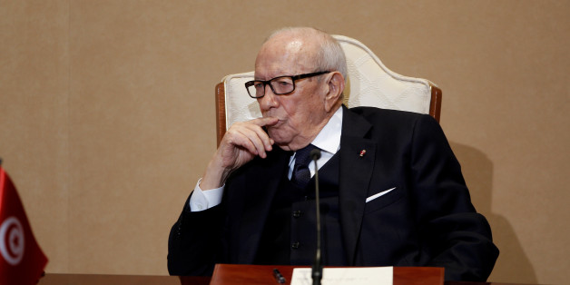 Tunisian's President Beji Caid Essebsi attends a news conference with French President Emmanuel Macron in Tunis, Tunisia, January 31, 2018. REUTERS/Zoubeir Souissi *** Local Caption *** Tunisian's  President Beji Caid Essebsi during a news conference with French President Emmanuel Macron in Tunis