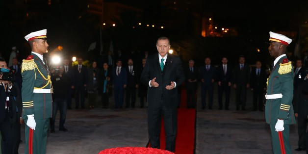 ALGIERS, ALGERIA - FEBRUARY 26: Turkish President Recep Tayyip Erdogan prays in front of Martyrs' Memorial in Algiers, Algeria on February 26, 2018. (Photo by Halil Sarkaya/Anadolu Agency/Getty Images)