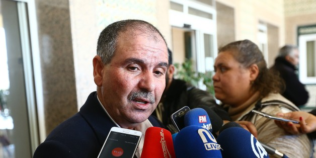 TUNIS, TUNISIA - JANUARY 13: Noureddine Taboubi (C), General Secretary of Tunisian General Labour Union (UGTT) speaks to media after a meeting with political parties, unions and employers on January 13, 2018 in Tunis, Tunisia following unrest triggered by austerity measures. (Photo by Yassine Gaidi/Anadolu Agency/Getty Images)