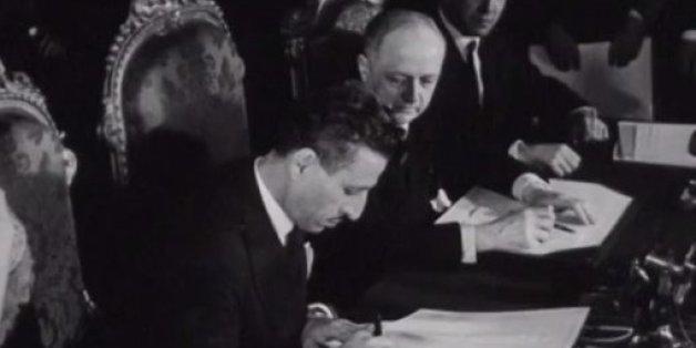 Il y a 62 ans, le Maroc signait son indépendance (VIDÉO)