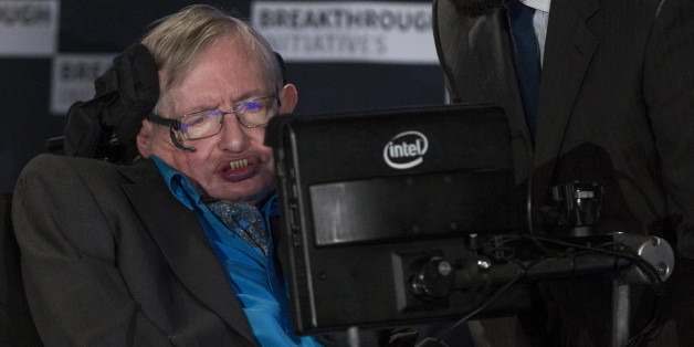 Professor Stephen Hawking speaks at a media event to launch a global science initiative at The Royal Society in London, Britain, July 20, 2015. REUTERS/Neil Hall