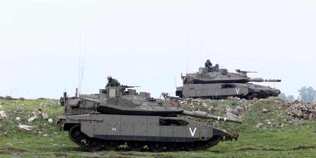 Des avions israéliens attaquent une