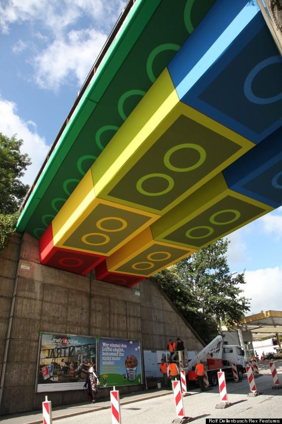 lego bridge underneath