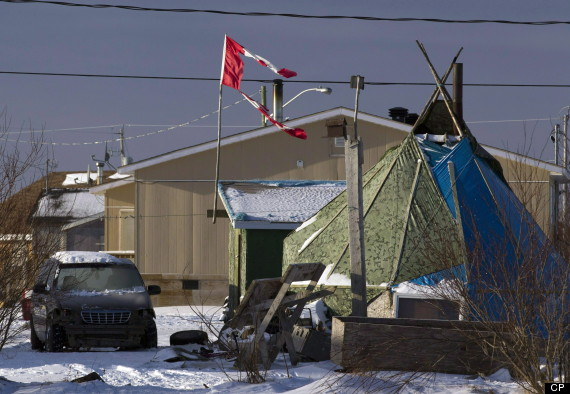 attawapiskat poverty