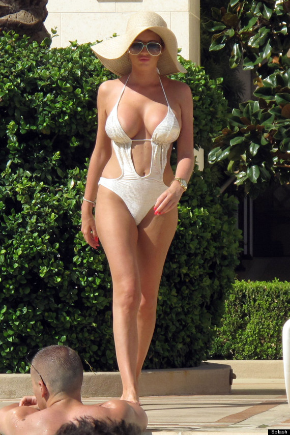 Amy Childs Ditches Bikini For Swimsuit On Holiday In Las ...