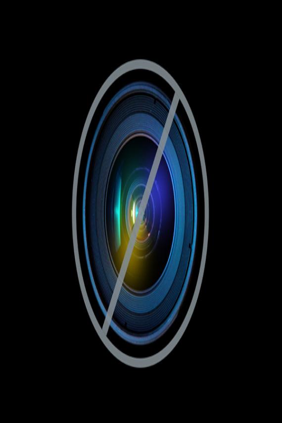 photobomb bolt farah