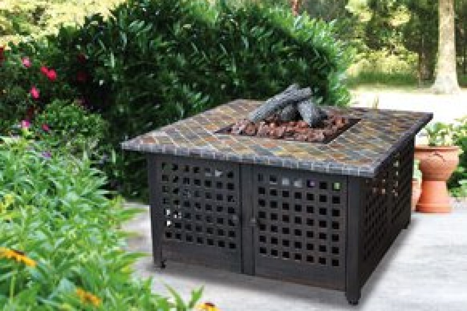 Hereu0027s How To Find The Best Fire Pits For Entertaining Outdoors This Fall  (PHOTOS)   HuffPost