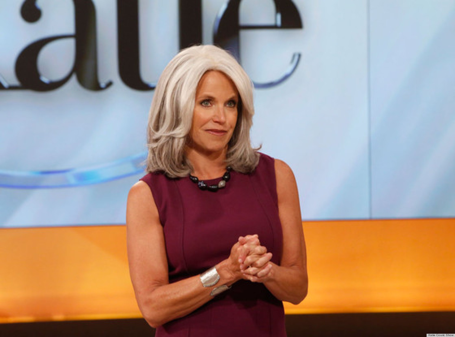 Katie Couric Debuts Gray Hair On The Show Photo Video Huffpost