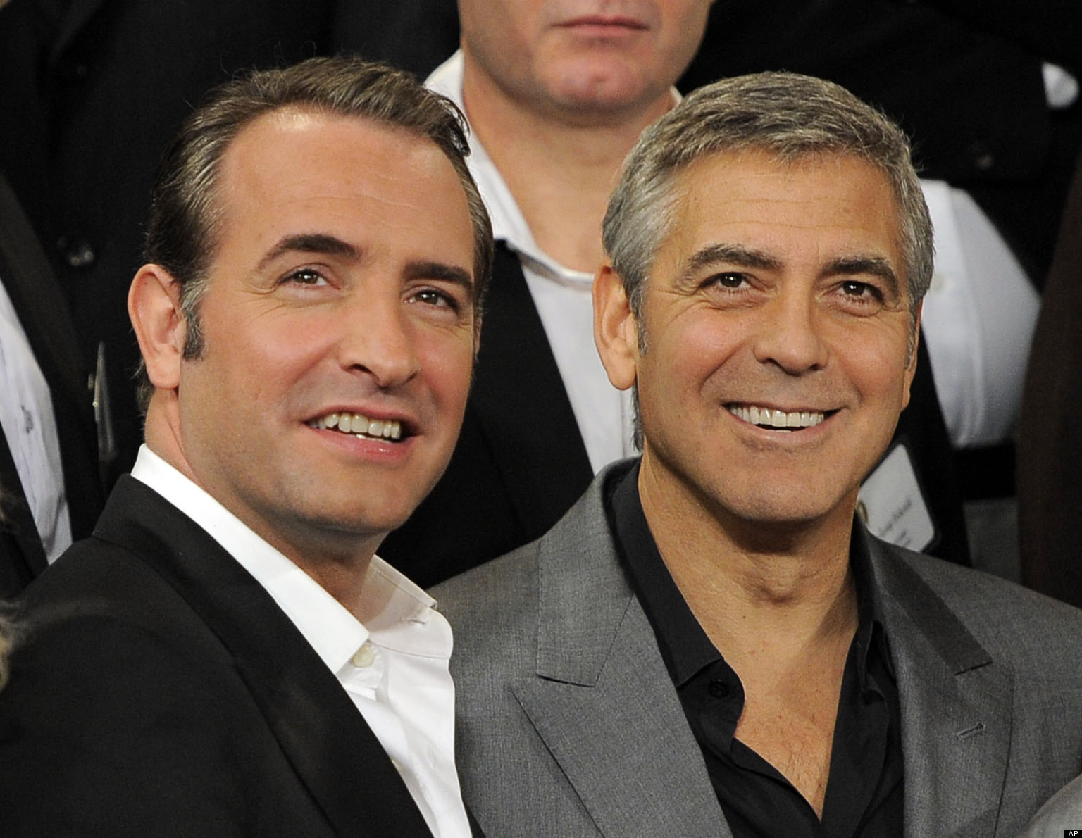 George clooney jean dujardin could team up for for Dujardin facebook