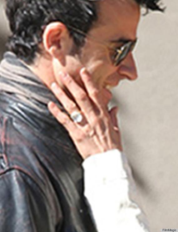 jennifer aniston ring