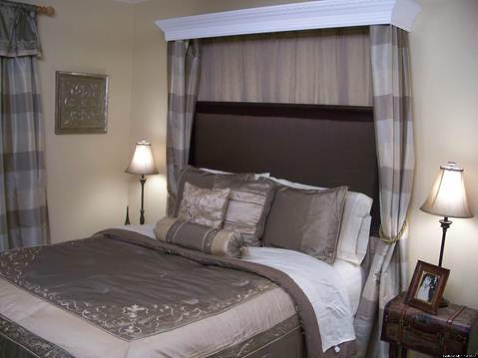 Cómo hacer una cabecera de cama tapizada usando un espejo | HuffPost