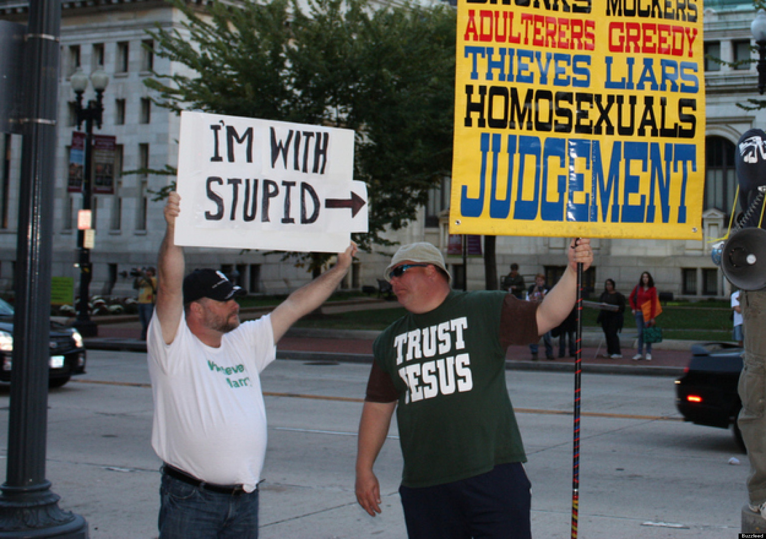 the best im with stupid sign ever picture huffpost