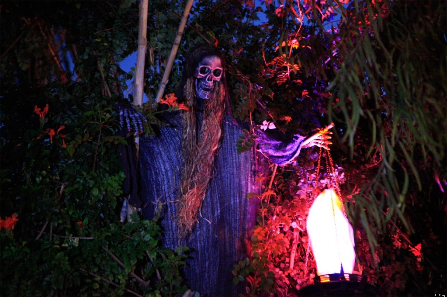 Halloween Haunted Houses: LA's Best Hayrides, Mazes ...