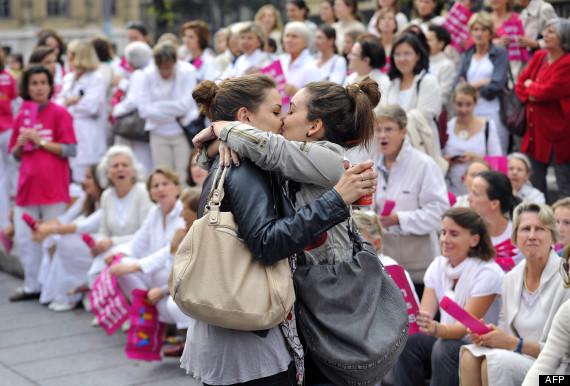 baiser lesbien