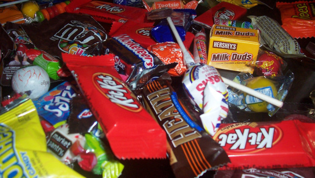 Top 5 List of the Best, Good-for-You Halloween Candy (Psst... GMOs ...