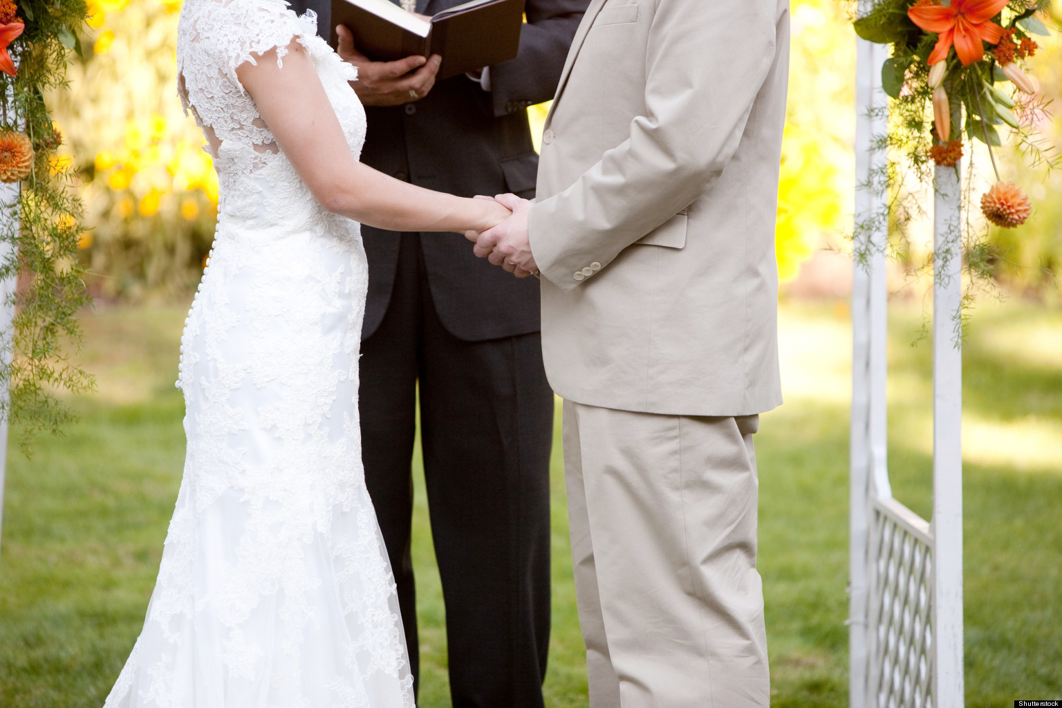 Is This Your First Wedding As An Officiant 6 Tips For How To Hold People S Attention Huffpost