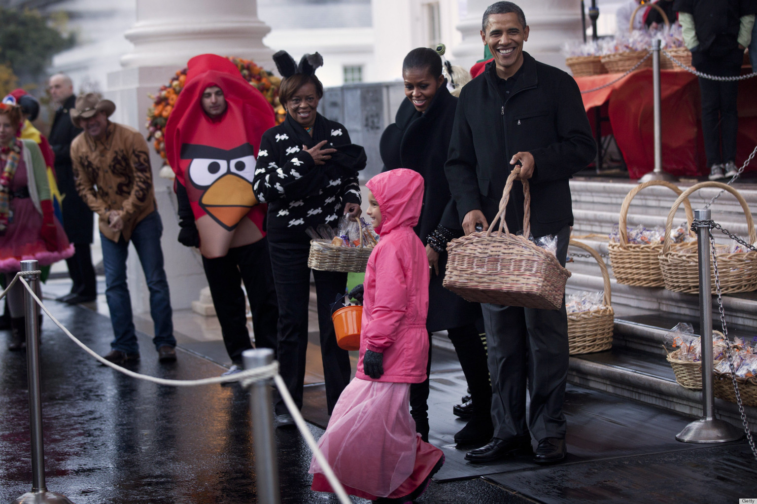 Halloween At The White House: Costumes, Candy & Puppies! (PHOTOS ...
