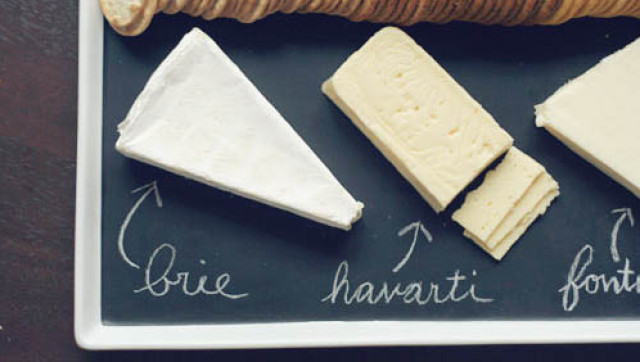 DIY Cheese Plate For Thanksgiving Entertaining (PHOTO) & DIY Cheese Plate For Thanksgiving Entertaining (PHOTO)   HuffPost