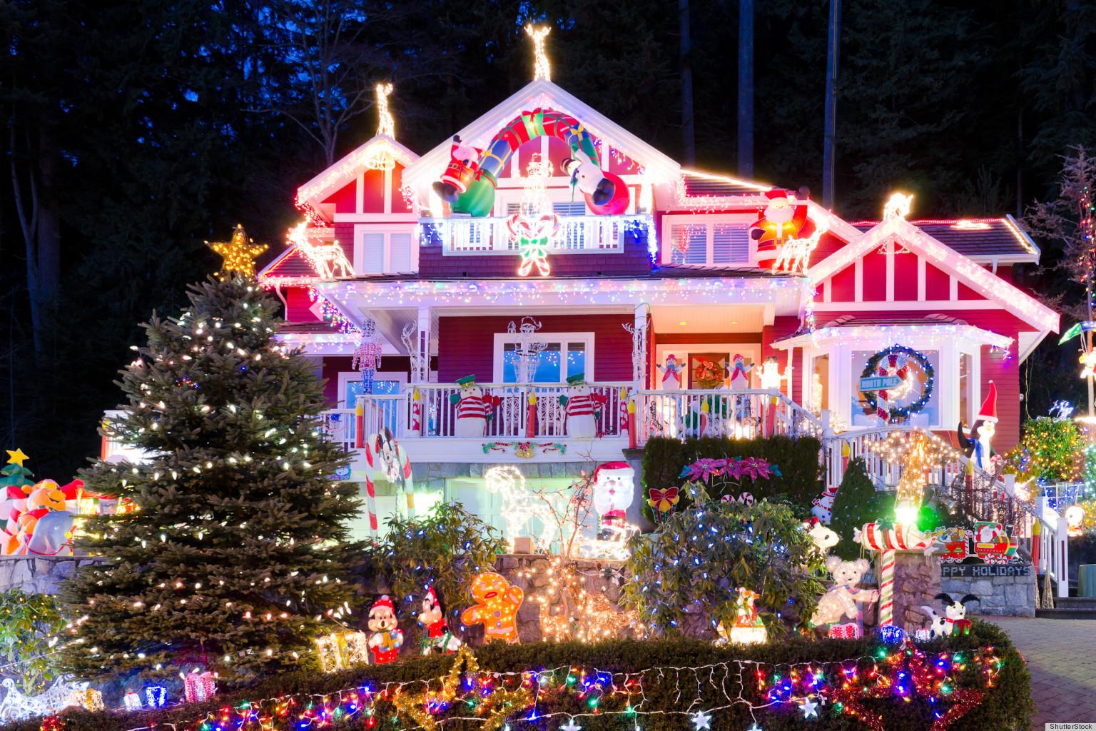 Holiday Lights Display: Ohio\'s Hall Family Has Christmas ...
