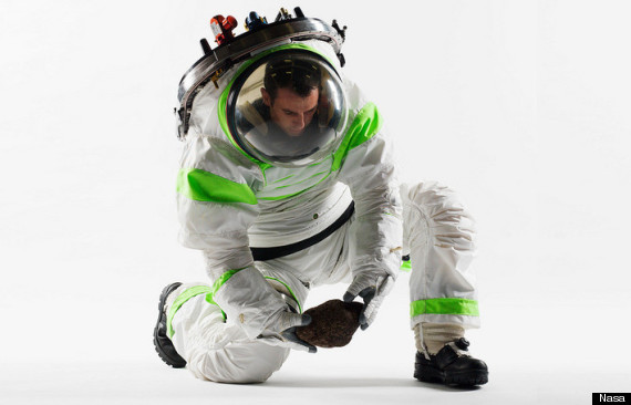 z1spacesuit4