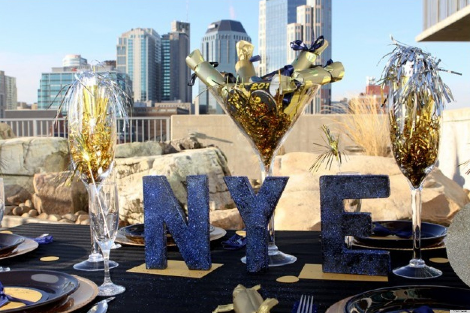 & New Yearu0027s Eve Decorations That Will Make Your Party Sparkle | HuffPost