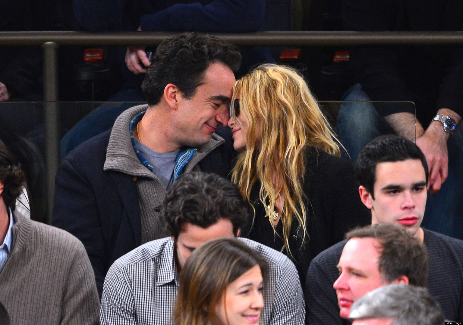 Mary Kate Olsen And Olivier Sarkozy Age Difference Mary-Kate Olsen, Olivi...