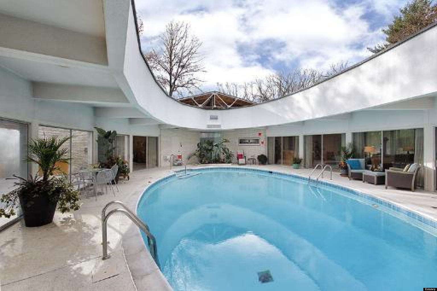 Highland Park Retractable Roof Home Is Nearly $1.4 Million Of Mid Century  Goodness (PHOTOS) | HuffPost