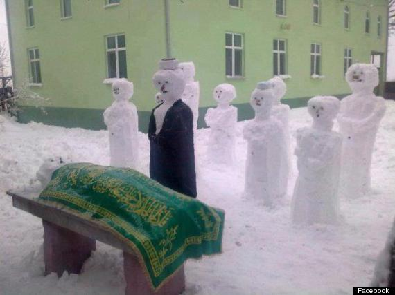 syria snow snowman funeral