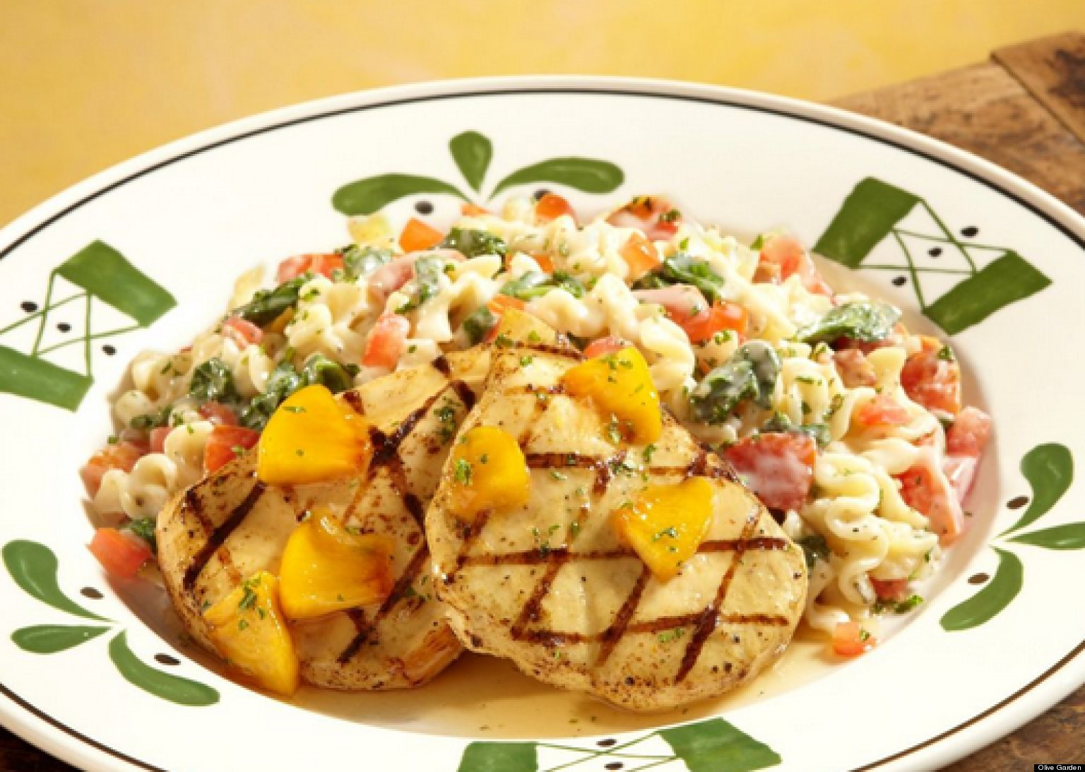 olive garden dishes you wont find in italy huffpost - Olive Garden Food