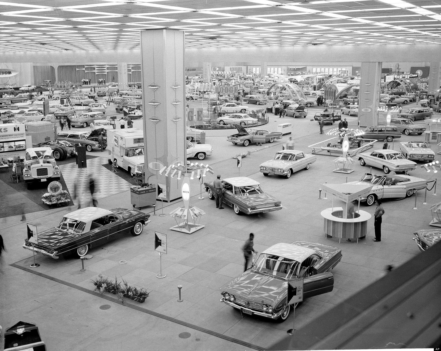 Detroit Auto Show History: Classic Motor City Cars And Moments ...