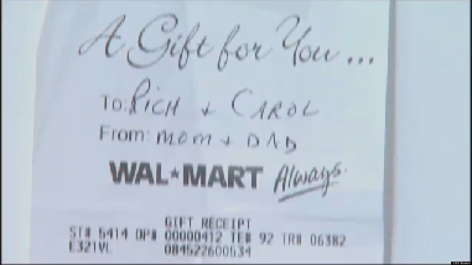 Walmart Accused Of Gift Receipt Scam For 2nd Year In A Row | HuffPost