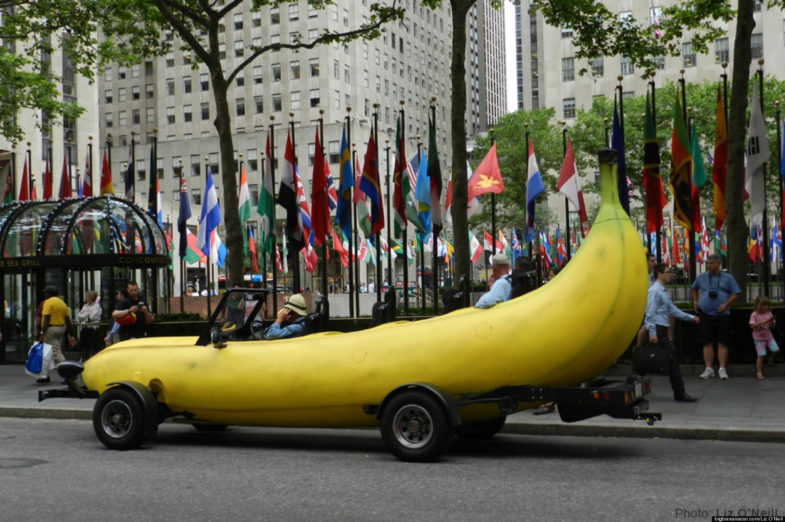 steve braithwaite big banana car driver needs 4th passenger for trip around the world huffpost. Black Bedroom Furniture Sets. Home Design Ideas