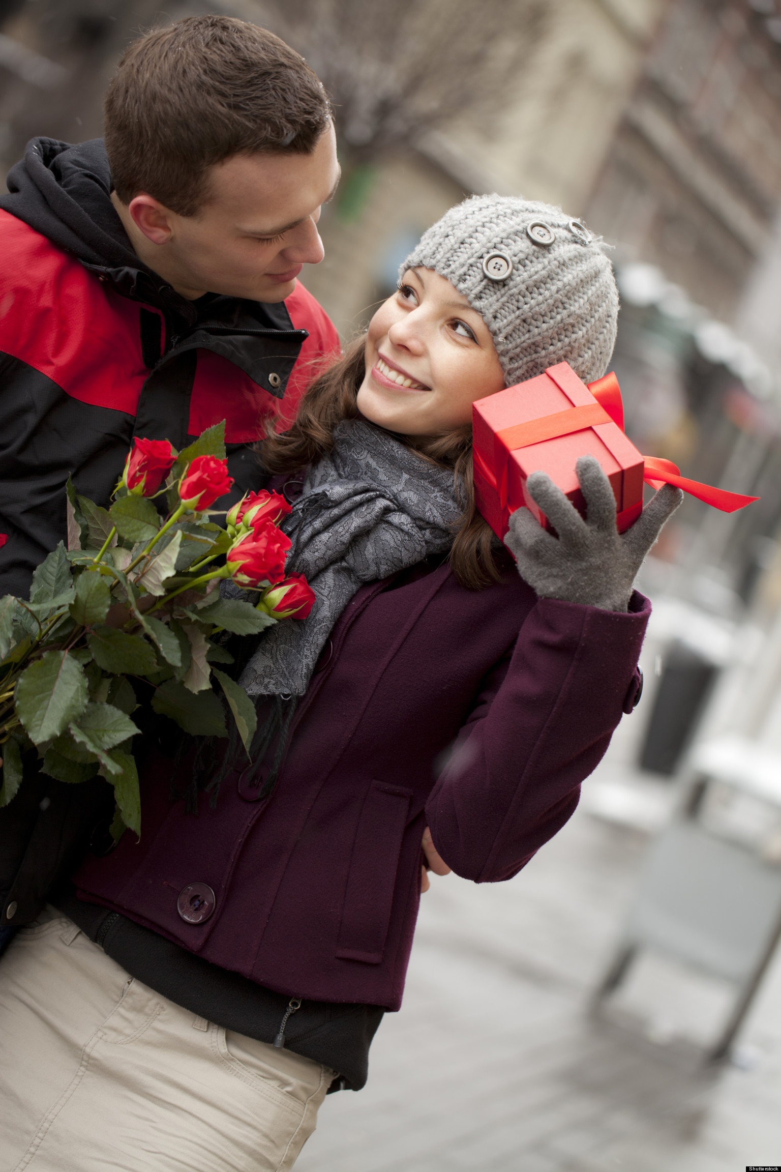 valentine's day proposals: survey reveals how many couples will, Ideas