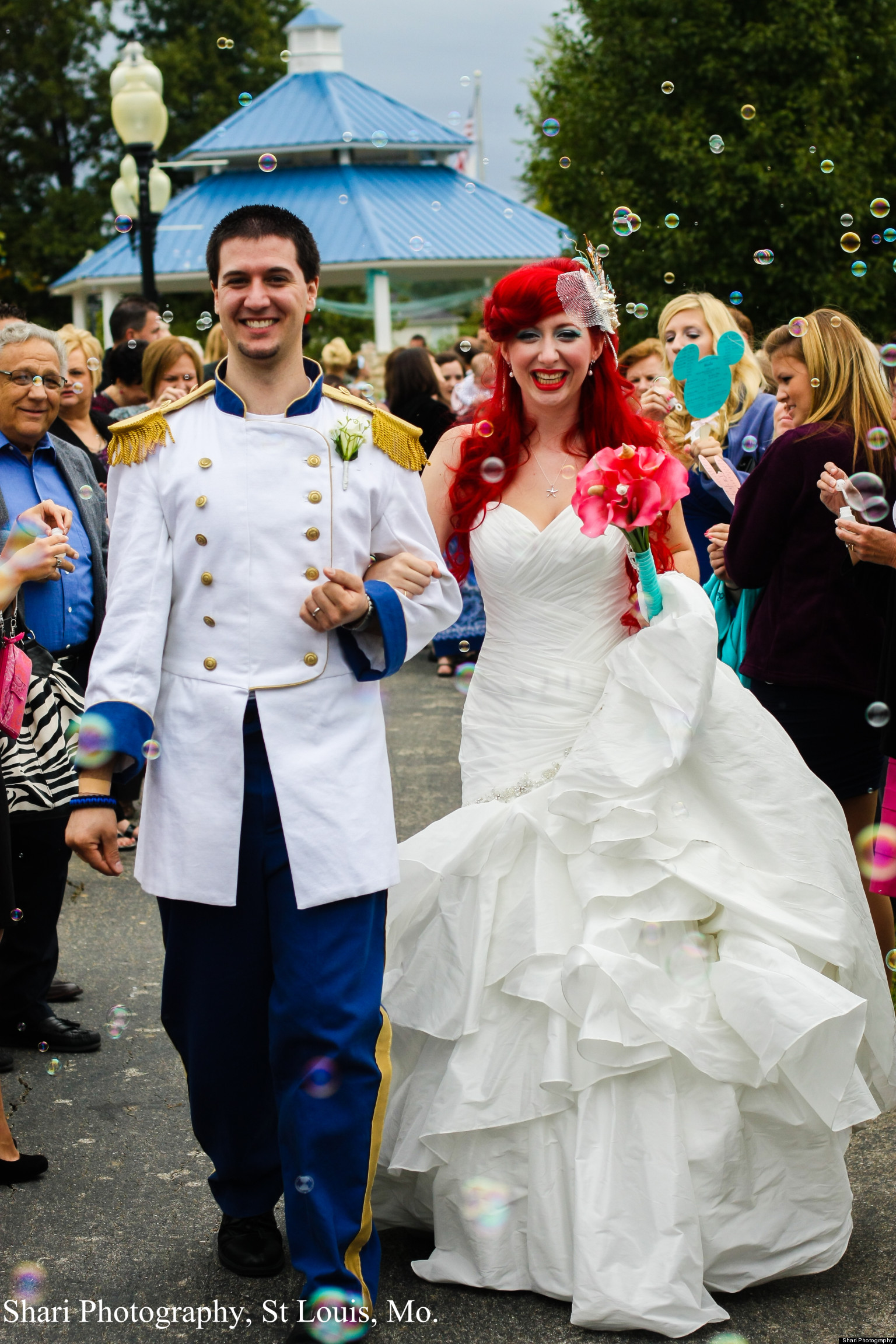 Disney Wedding Jamie And Christopher Chandler Throw Over The Top Themed Photos Huffpost
