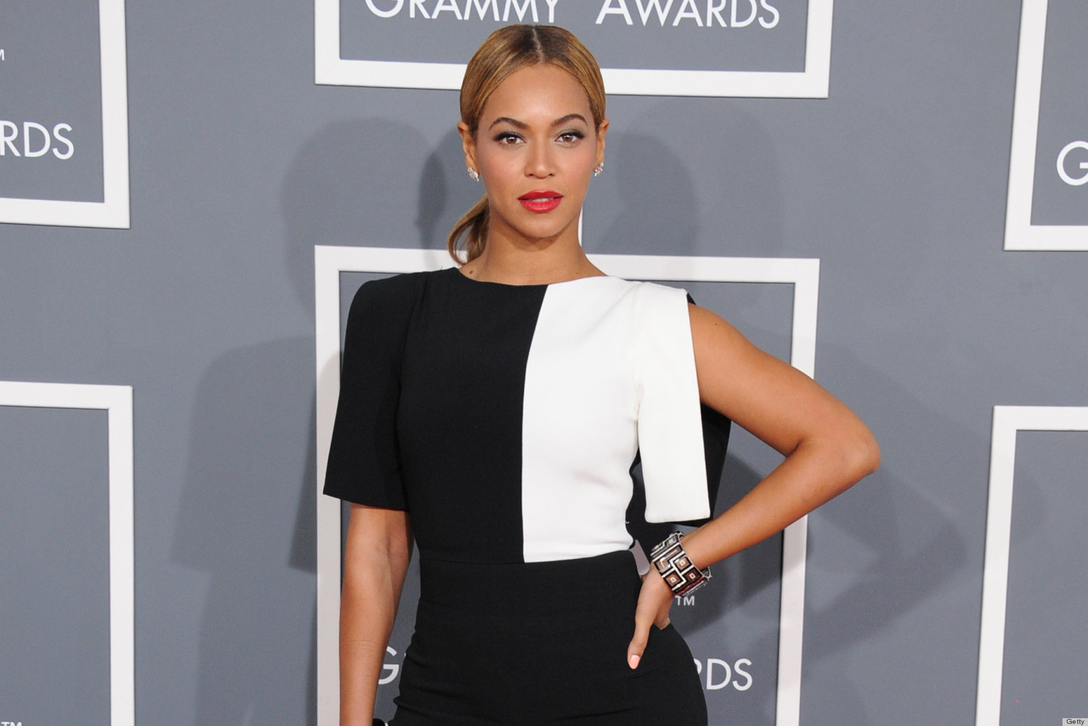 Grammys: Grammy Awards 2013 Best-Dressed Celebrities: From Rihanna